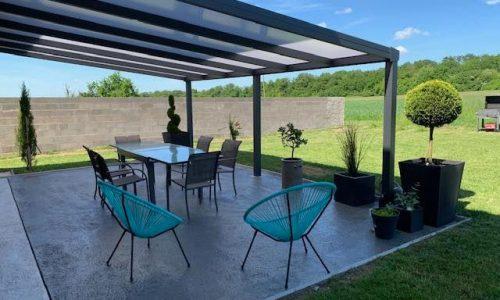 Auvent toiture polycarbonate